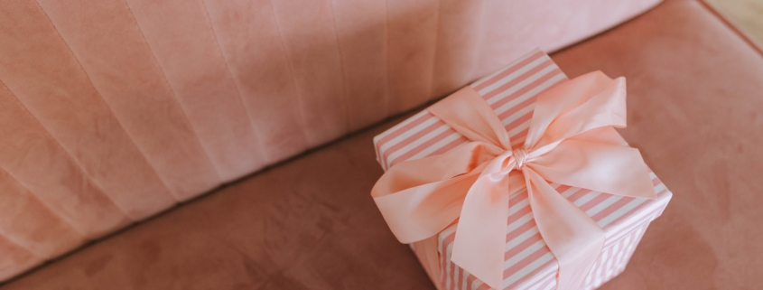 The Best Wedding Favors in 2021 | The Invitation Maker